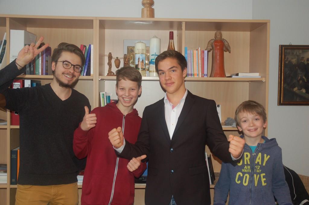 Berliner Schülerbischöfe - Stefan, Henning, Florian, Leo (v.l.)