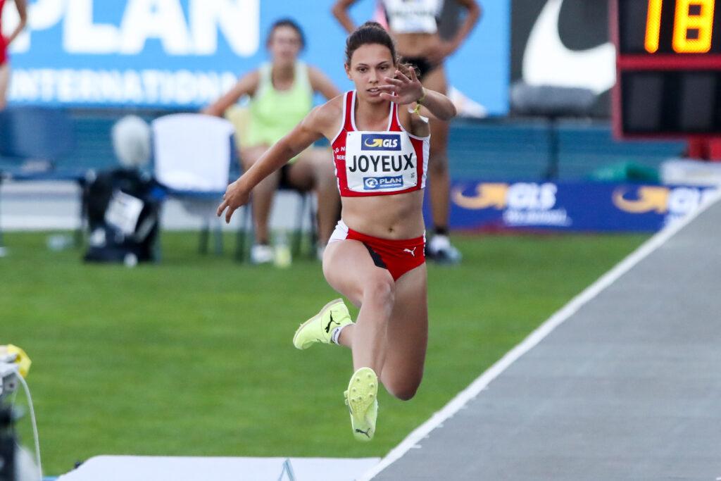 Caroline Joyeux von der LG Nord Berlin bei den Deutschen Meisterschaften in Braunschweig am 8. und 9. August 2020.